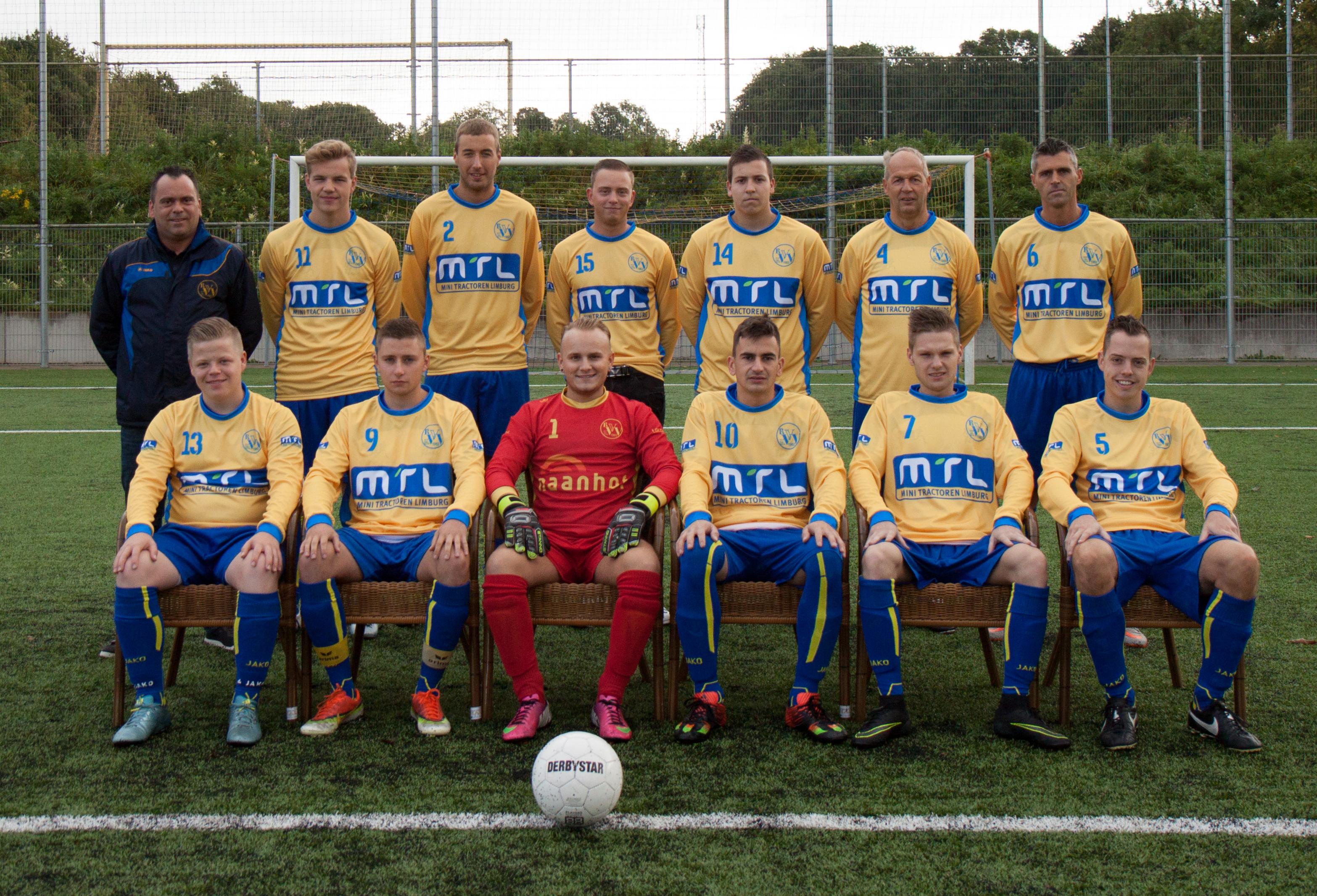 2e-elftal-seizoen-2016-2017